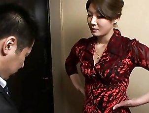 Mari Hosokawa is a sperm addict