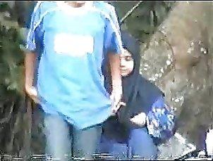 malay- skodeng tudung hijab labuh romen