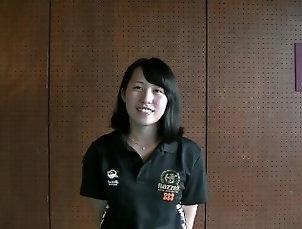 Japanese Armwrestler interview - She flex